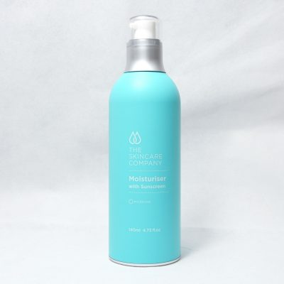 A blue bottle of Moisturiser with Sunscreen